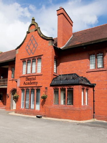 1998 - Daresbury Lodge