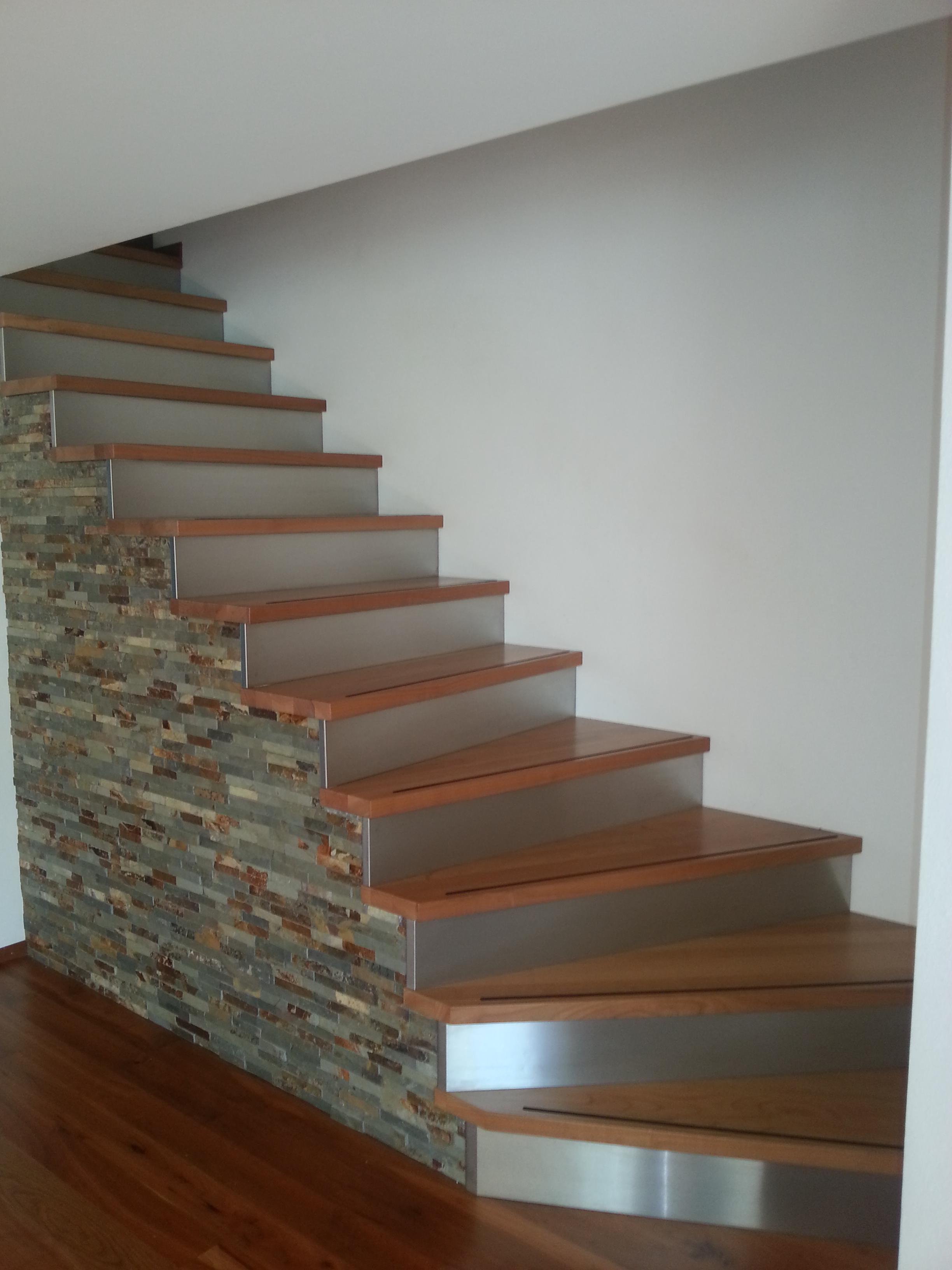Treppe Kirsche