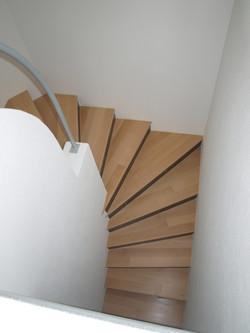 Treppe mit Auftritt