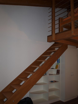 Holzgalerie-Treppe