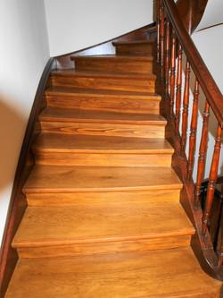 Treppe renoviert