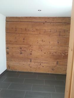 Wand renoviert