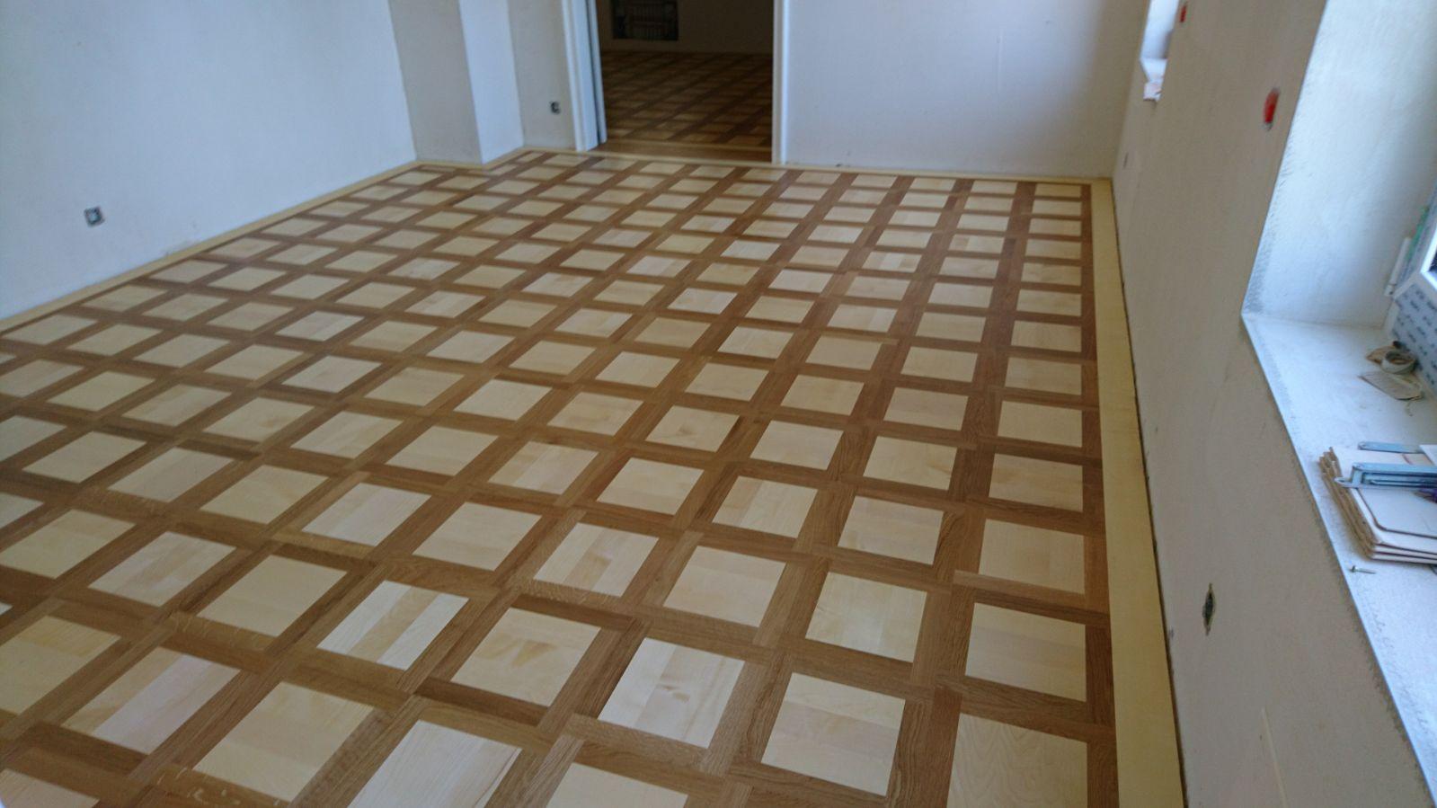 Holzboden Kassettenmuster