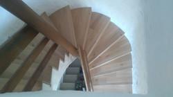 Treppe mit Holz überzogen