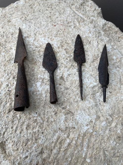 Pijlpunten Bronstijd - Ijzertijd - Romeins