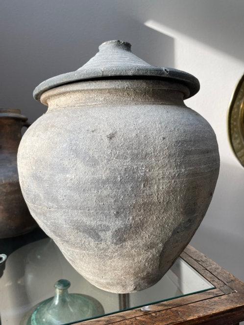 Zeer grote Gallo Romeinse urn - 33 cm