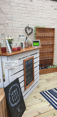 Pallet Bar and Prosecco Wall.jpg