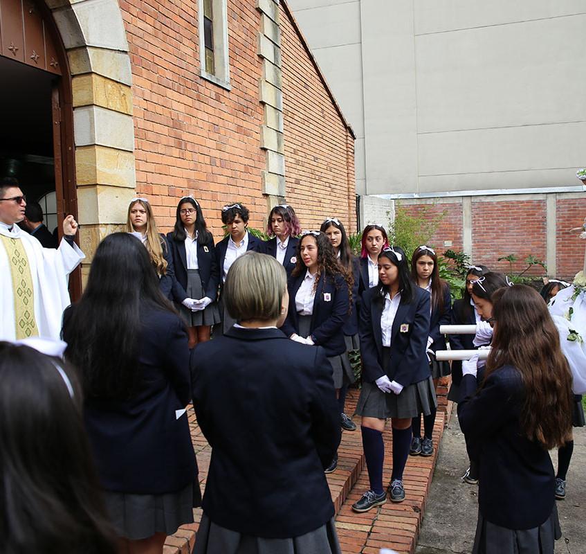 Entrega Virgen María (10)
