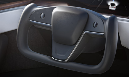 tesla-model-x-plaid-2021-driver.jpg