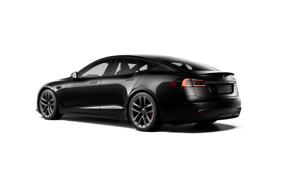 tesla-model-s-2021-new-plaid-black-03.jp