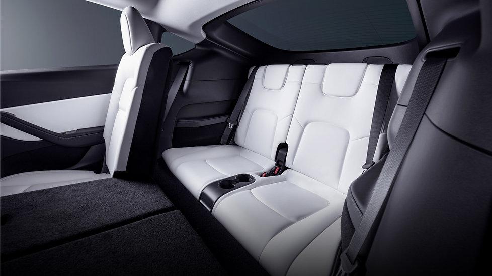 tesla-model-y-7-seats.jpg