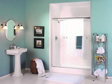 shower in white.jpg
