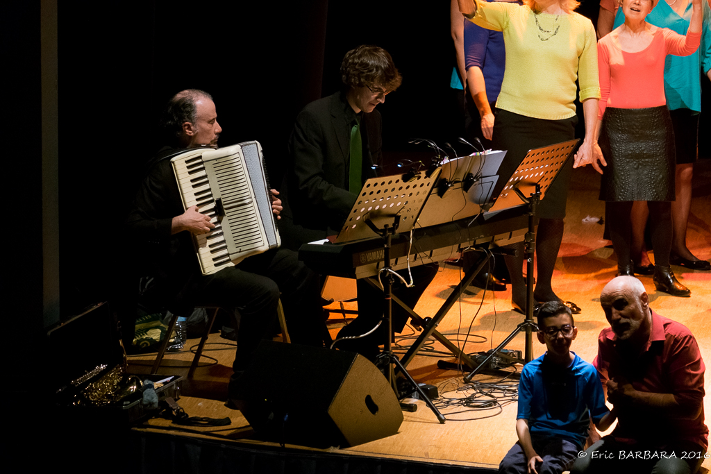 Concert_Courtry114