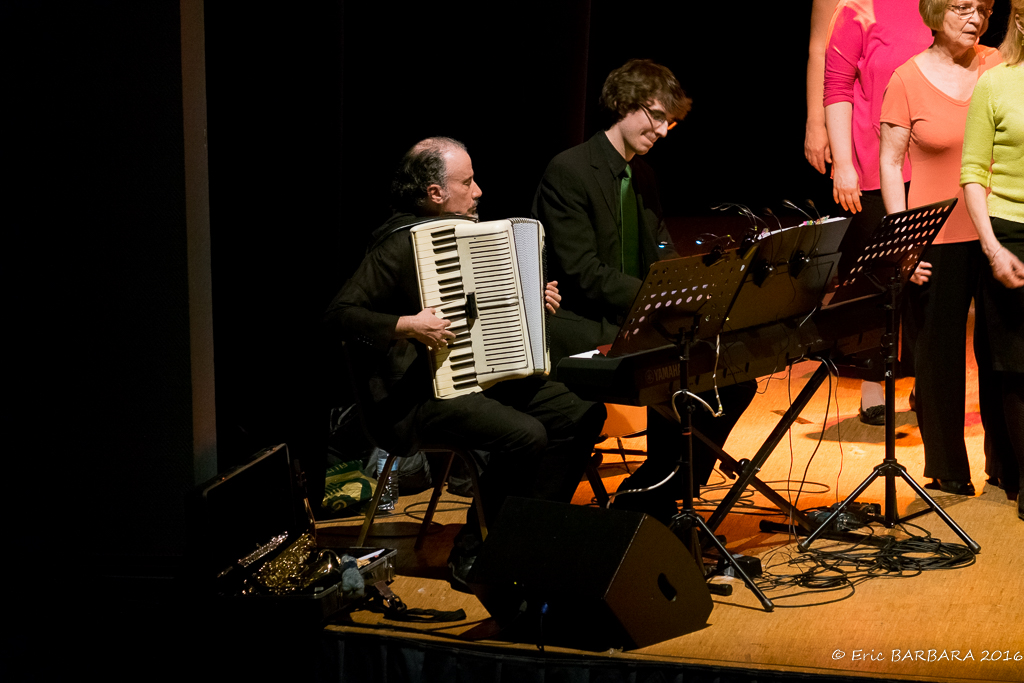 Concert_Courtry100