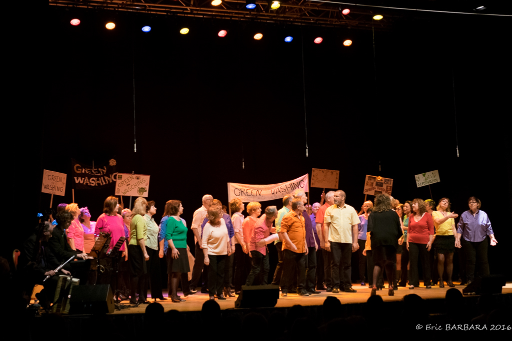 Concert_Courtry128