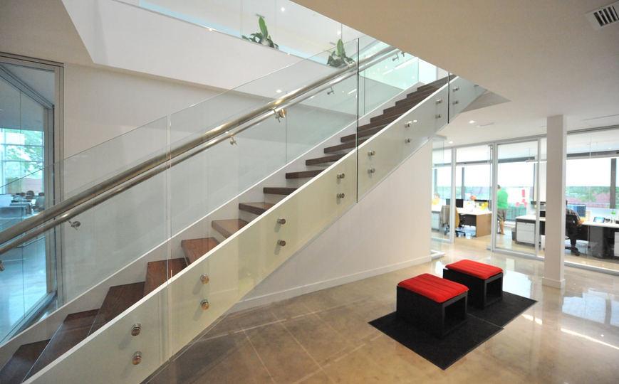 Escalier bois moderne frene 7.jpg
