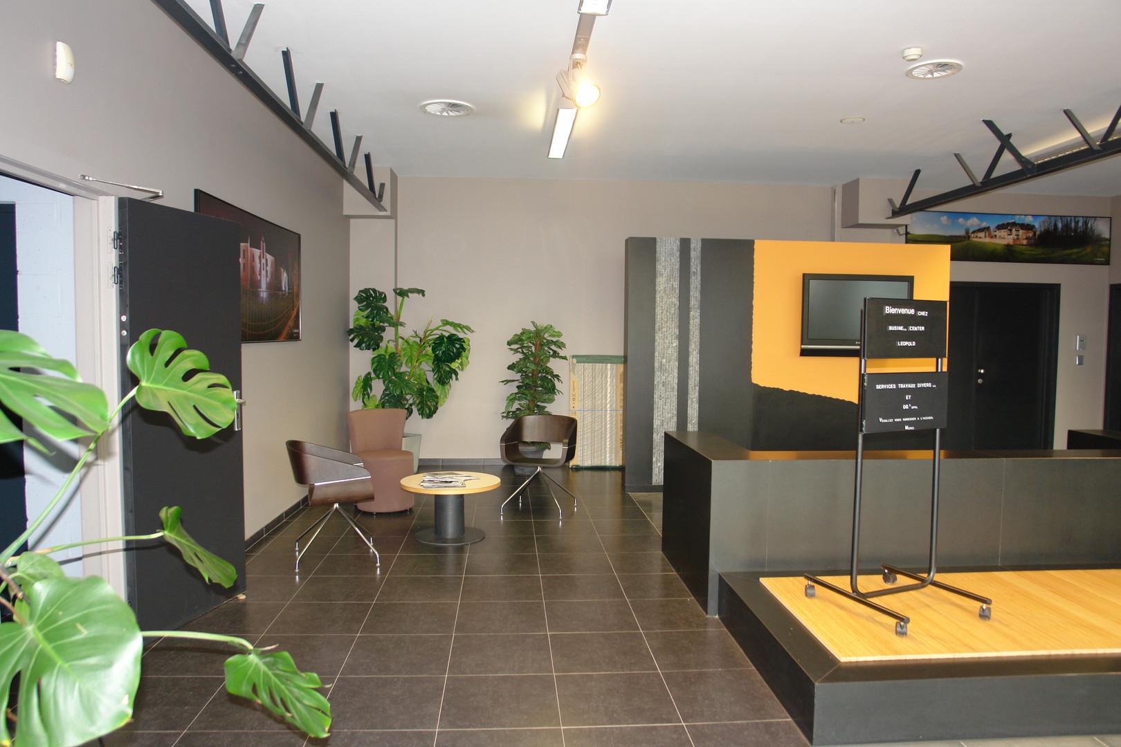 Hall Bureau entrée STD SA