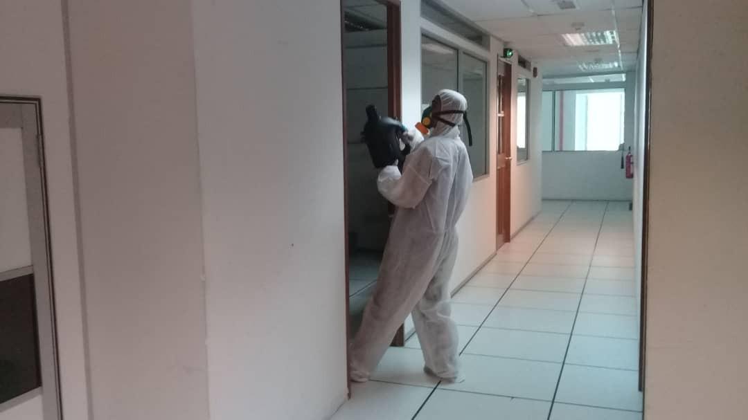 In House Cleaning door.jpeg