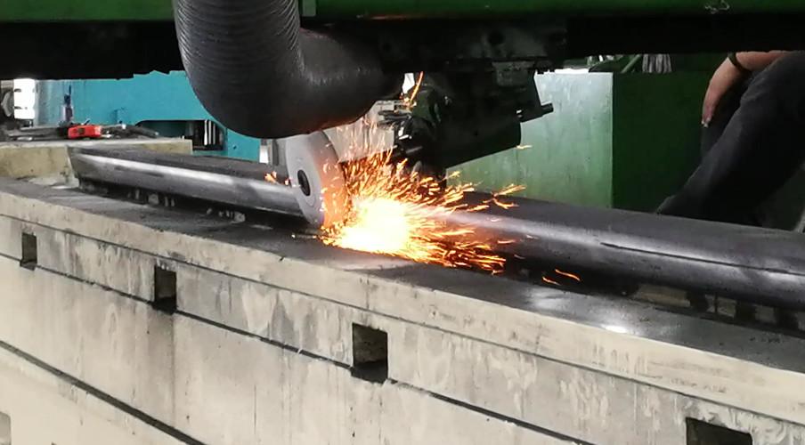 Machine slideway table grinding