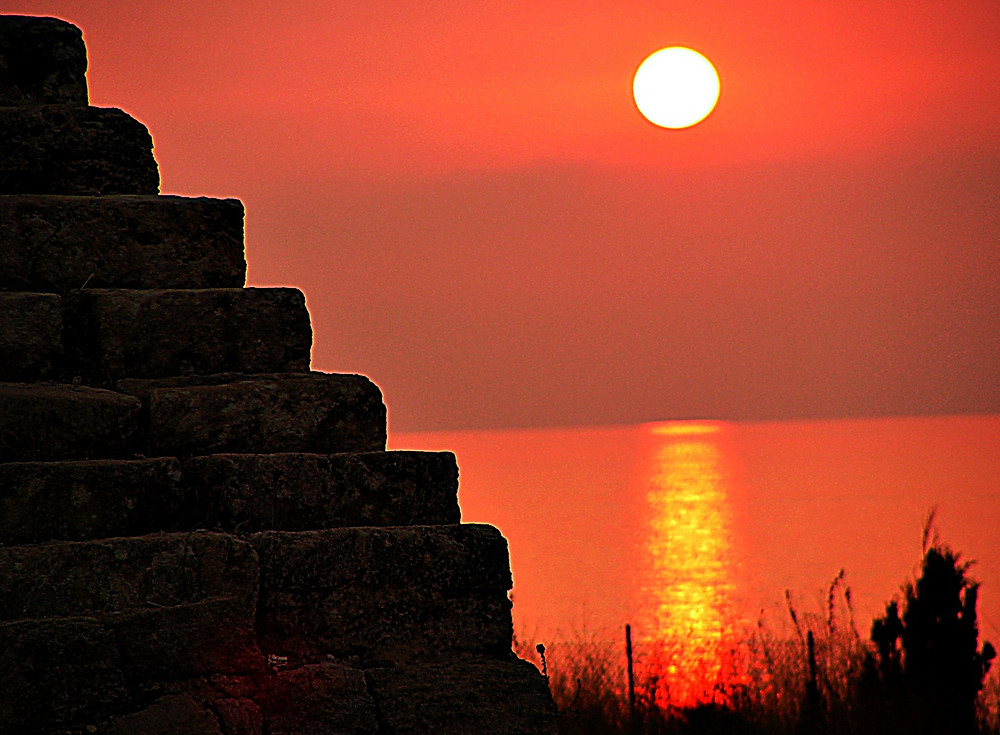 Sunset at the Roman ruins, Byblos, Lebanon