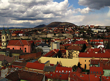 A Short Guide to Eger