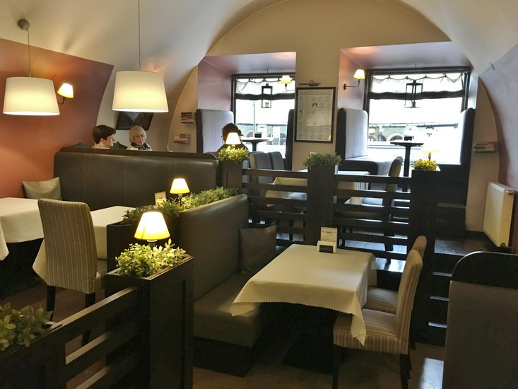 Morela restaurant - interior