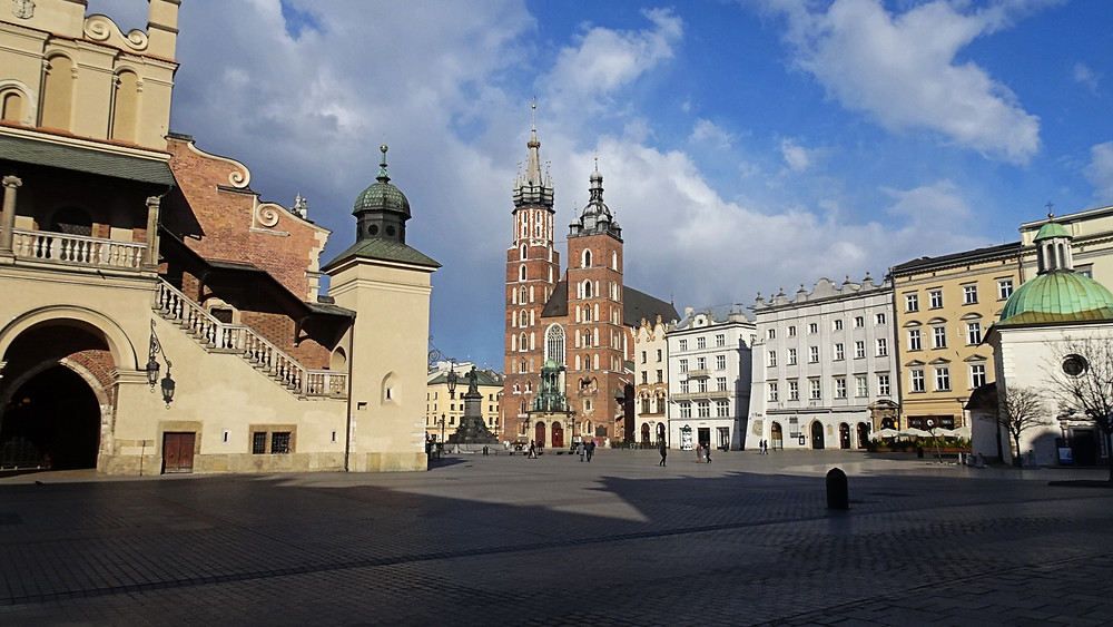 Krakow Market Square - St Mary's Church
