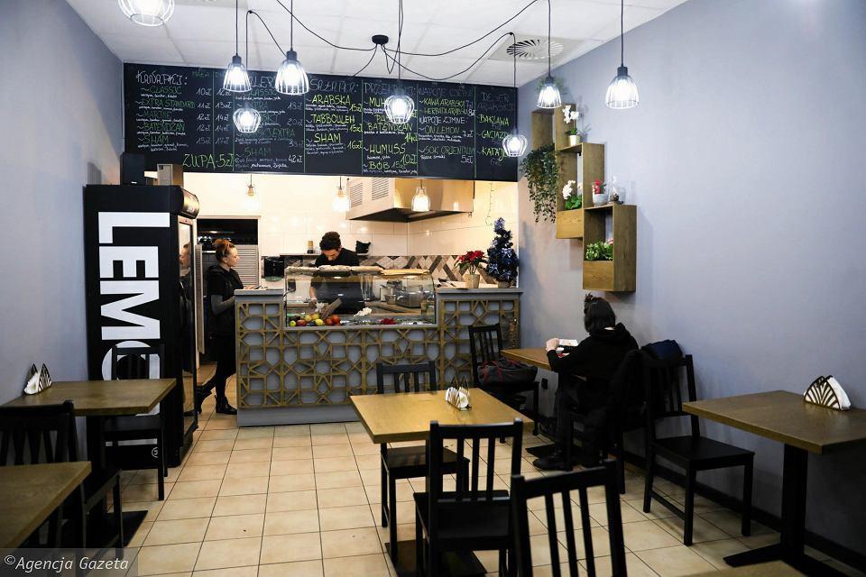 Sham Falafel - interior
