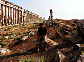 Collonaded avenue, Apamea, Syria
