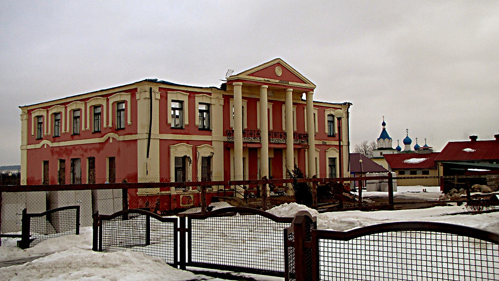 Deserted building, Mir, Belarus
