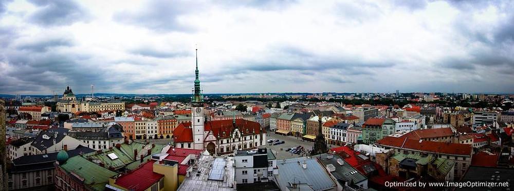 Olomouc: Horni Namesti, the Main Square and Town Hall