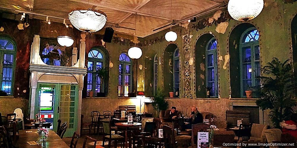 Hevre, Krakow - interior