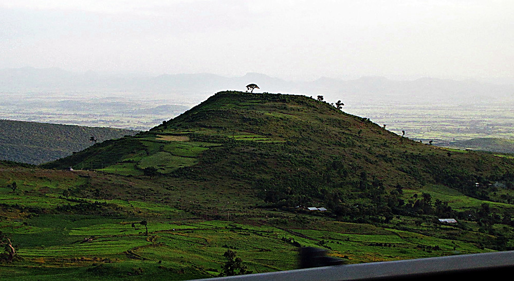 Countryside between Addis and Bahir Dar, central Ethiopia