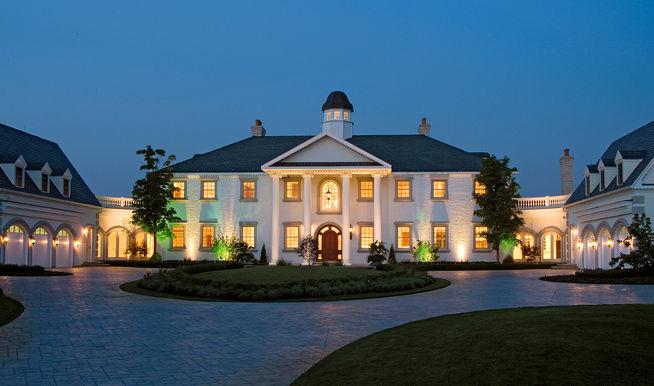 Barrington Hills Mansion.jpg