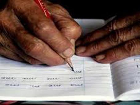 ONG ayuda a personas refugiadas a leer y escribir