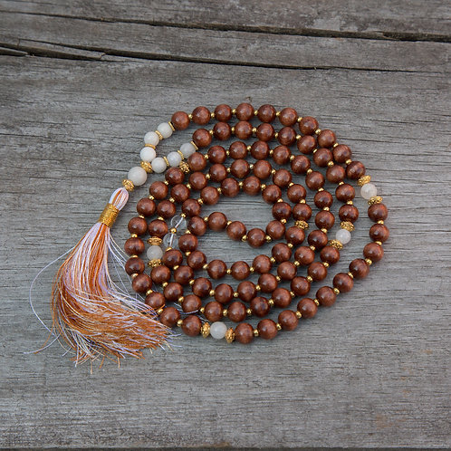 White Agate/Lacquered Wood Mala