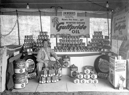 J.M. Morris Sr. selling Gulf Oil in the 1940's