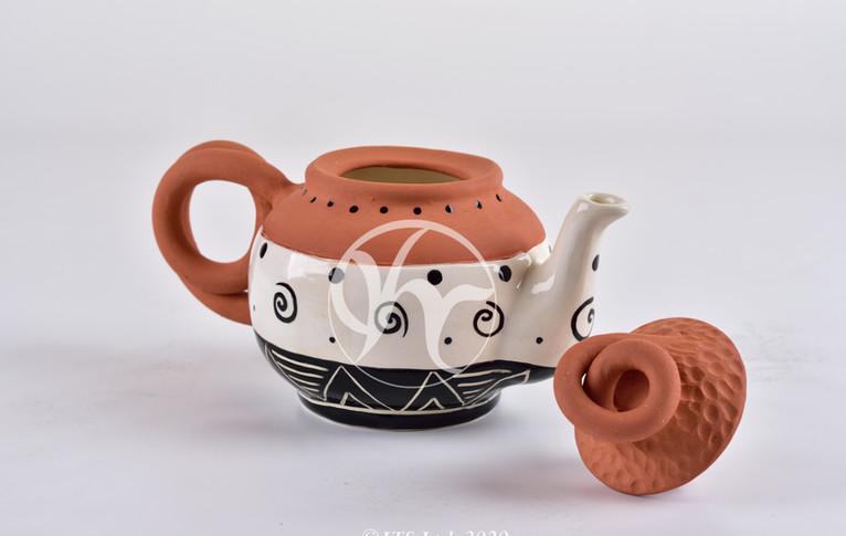 Terra swirl teapot.JPG
