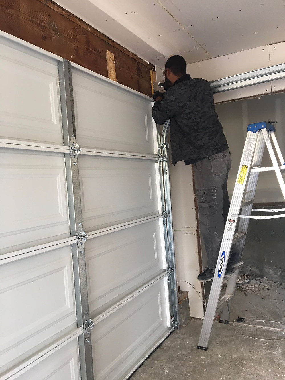 San Leandro Garage Door Repair