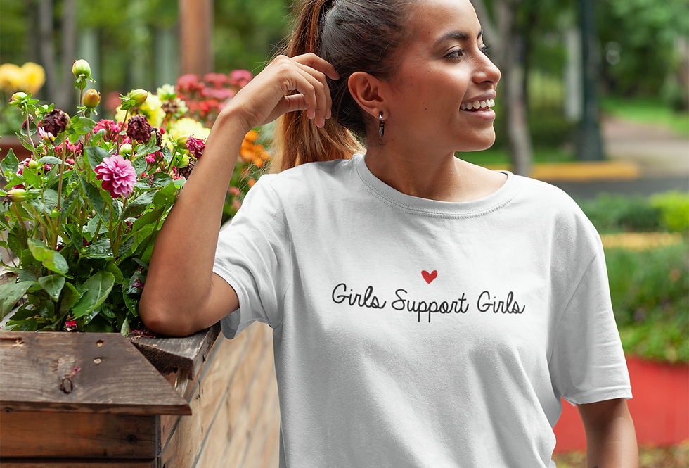 Girls Support Girls - T-Shirt
