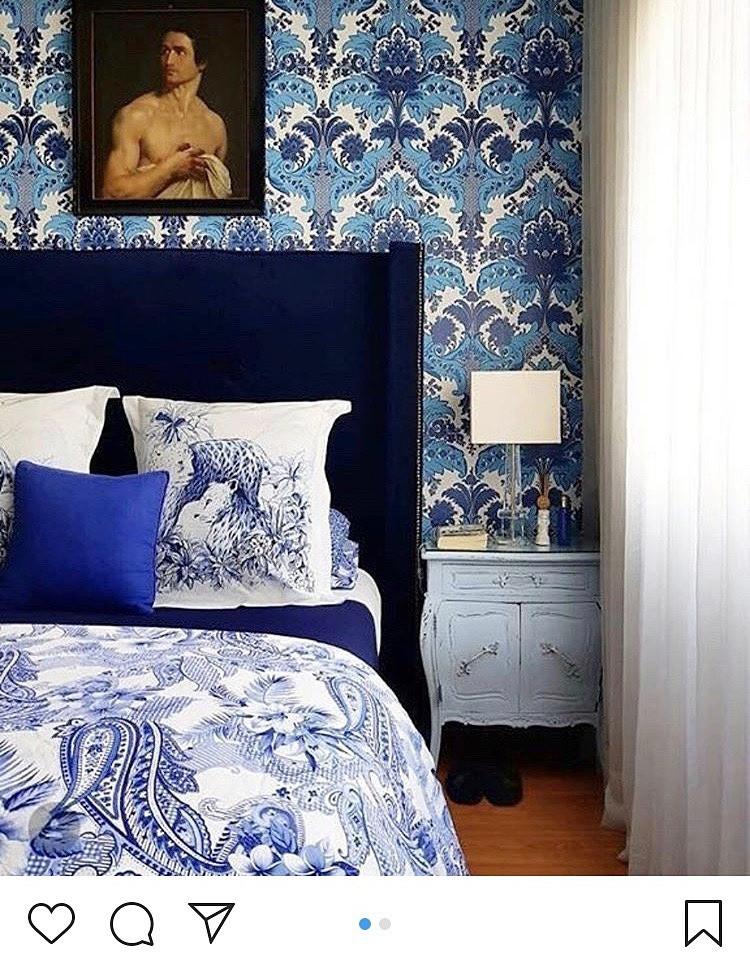 おしゃれな壁紙の寝室。海外の実例。インテリアコーディネーターのブログ。