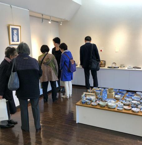 市ヶ谷駅から5分の一口坂ギャラリーで開催の金継ぎ展覧会。多くの人で賑わっています。インテリアコーディネーターのブログ