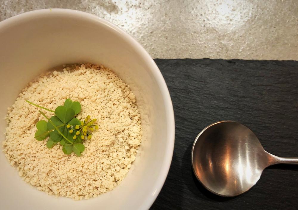 ごぼうと、カカオ豆の意外な組み合わせが美味しいスープ。インテリアコーディネーターのブログ。キッチンのお話。