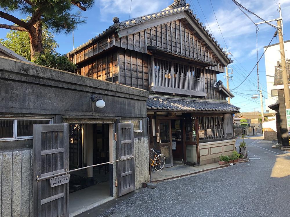 伊勢河崎の古い町並みと商人館。明治から昭和までの建物が楽しめます。インテリアコーディネーターのブログ。