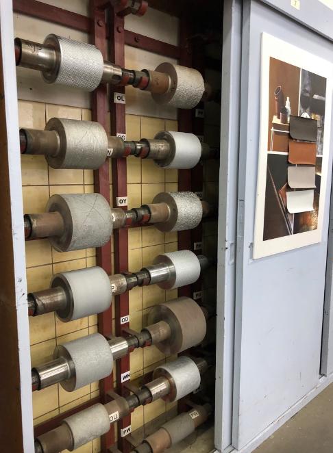 オランダの壁紙工場を視察。デザインのアトリエにも伺いました。インテリアコーディネーターのブログ。