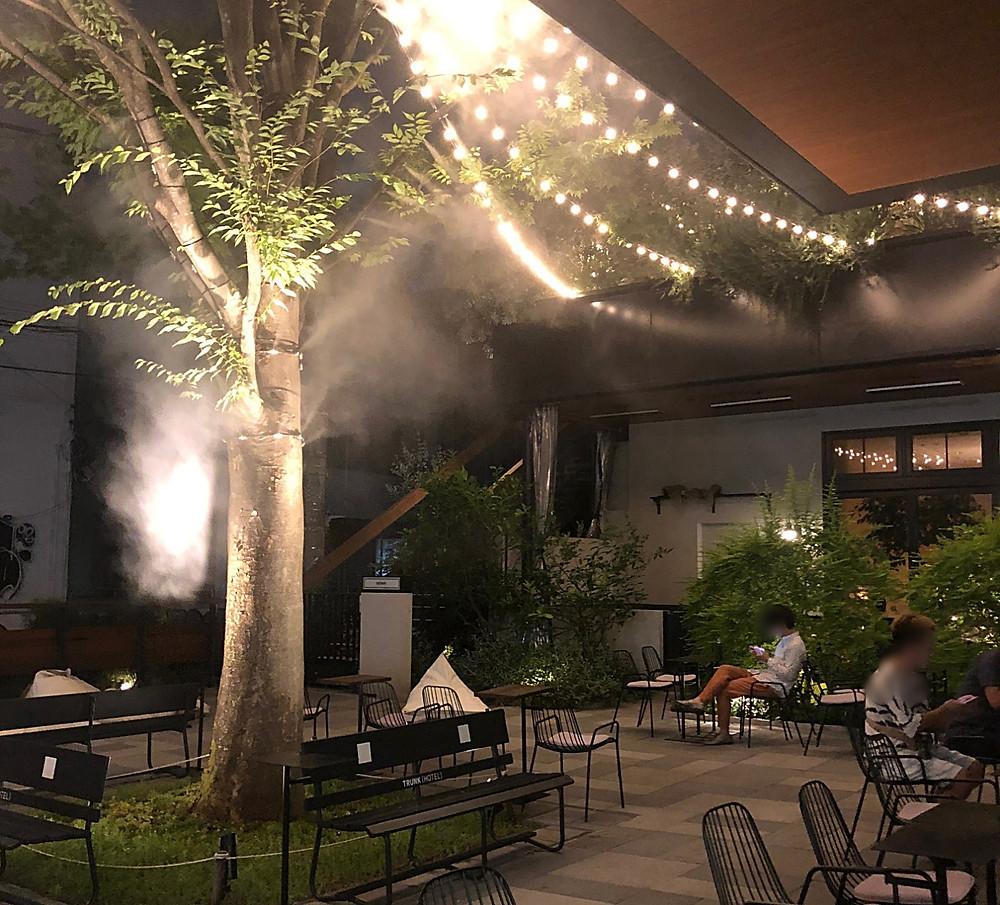 渋谷TRUNKHOTEL の中庭。インテリアコーディネーターのブログ。
