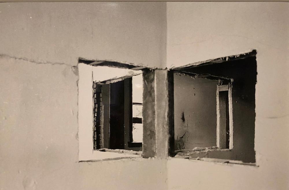 取り壊し前の建物を切断し、見慣れた日常をまったく新たな空間・時間へと変容させる「ビルディング・カット」ゴードン・マッタ=クラーク