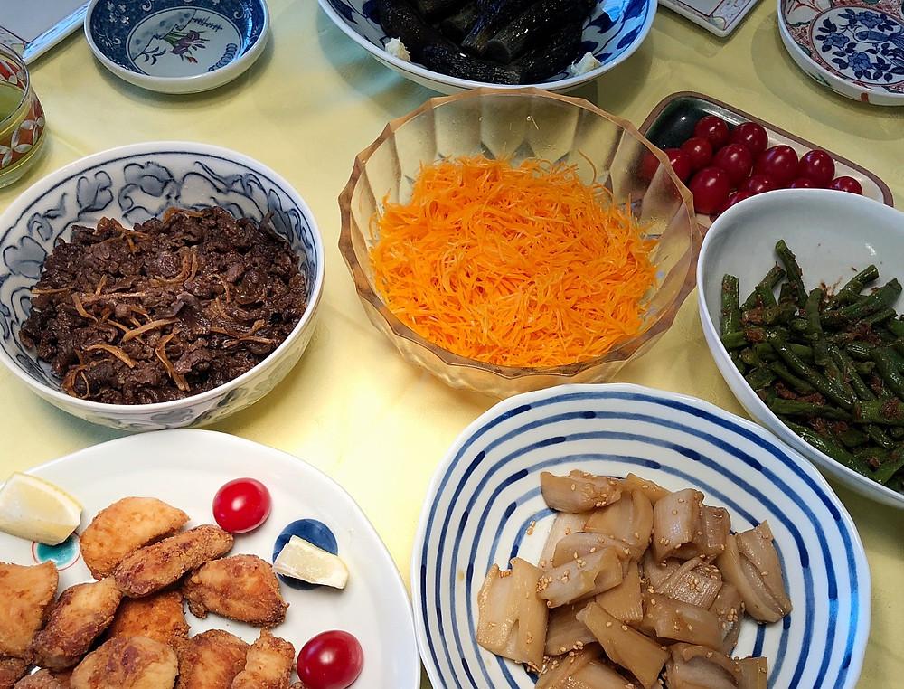 マンションリフォーム・リノベの実例。お客様が本音を語ったブログです。実際に完成したオーダーキッチンで作られたお料理。