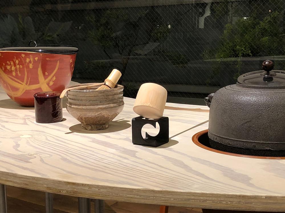立礼式のおもてなし。家具ショールームにて。インテリアコーディネーターのブログ。