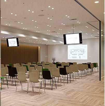 サンゲツ品川ショールームのセミナールーム。こちらでインテリアセミナーの講師します。icon主催です。